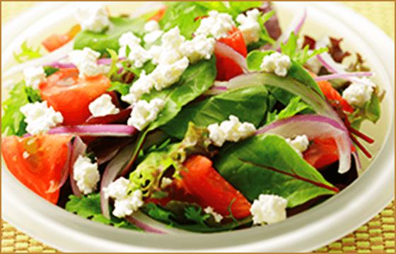 トマトとベビーリーフのサラダ