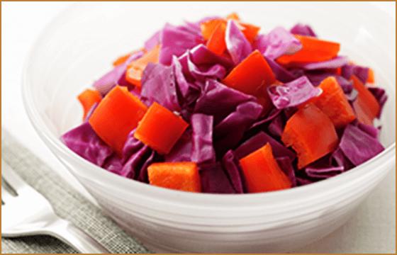 紫キャベツと赤パプリカのマリネサラダ