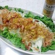 かりかりベーコン&しらすの新玉ねぎサラダ