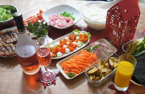 クリスマス料理と楽しんで。。