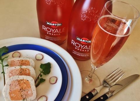 マルティーニ ロワイヤル ロザートで乾杯!