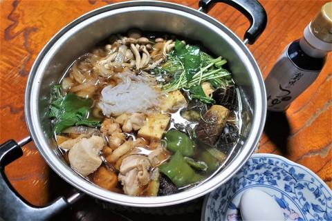 「創味のつゆ」を使って「夏野菜入り鶏のすき焼き」を作った。